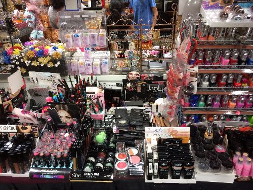 at-marys-jewelry-we-carry-costume-jewelry-hair-accessories-make-up-and-much-more.-come-check-us-out.8